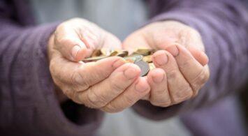 Homo Economicus nieracjonalny na starość
